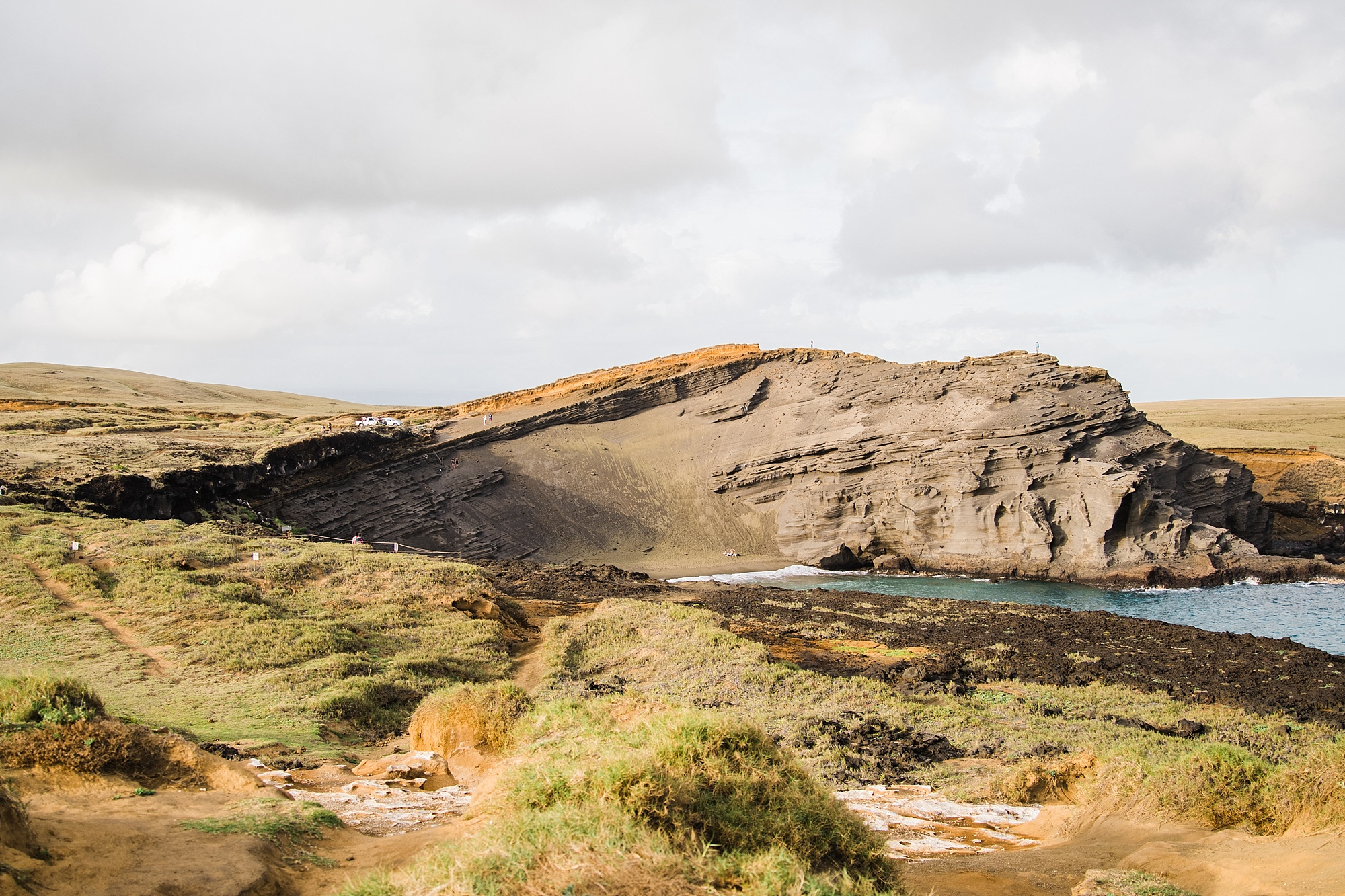 Panoramic View of Papakolea Green Sand Beach on the Big Island of Hawaii, taken by Devon Young of Forthright Photo
