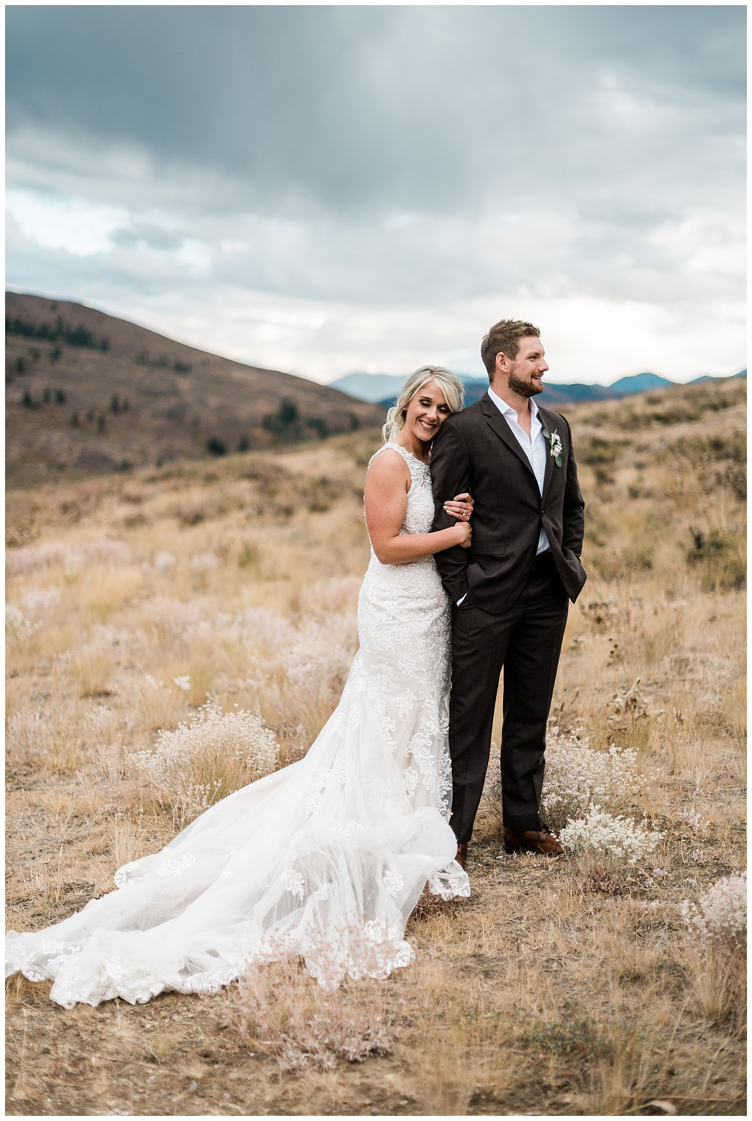Sun Mountain Lodge Wedding in the North Cascades by Forthright Photo, Washington Outdoor Wedding Photographers