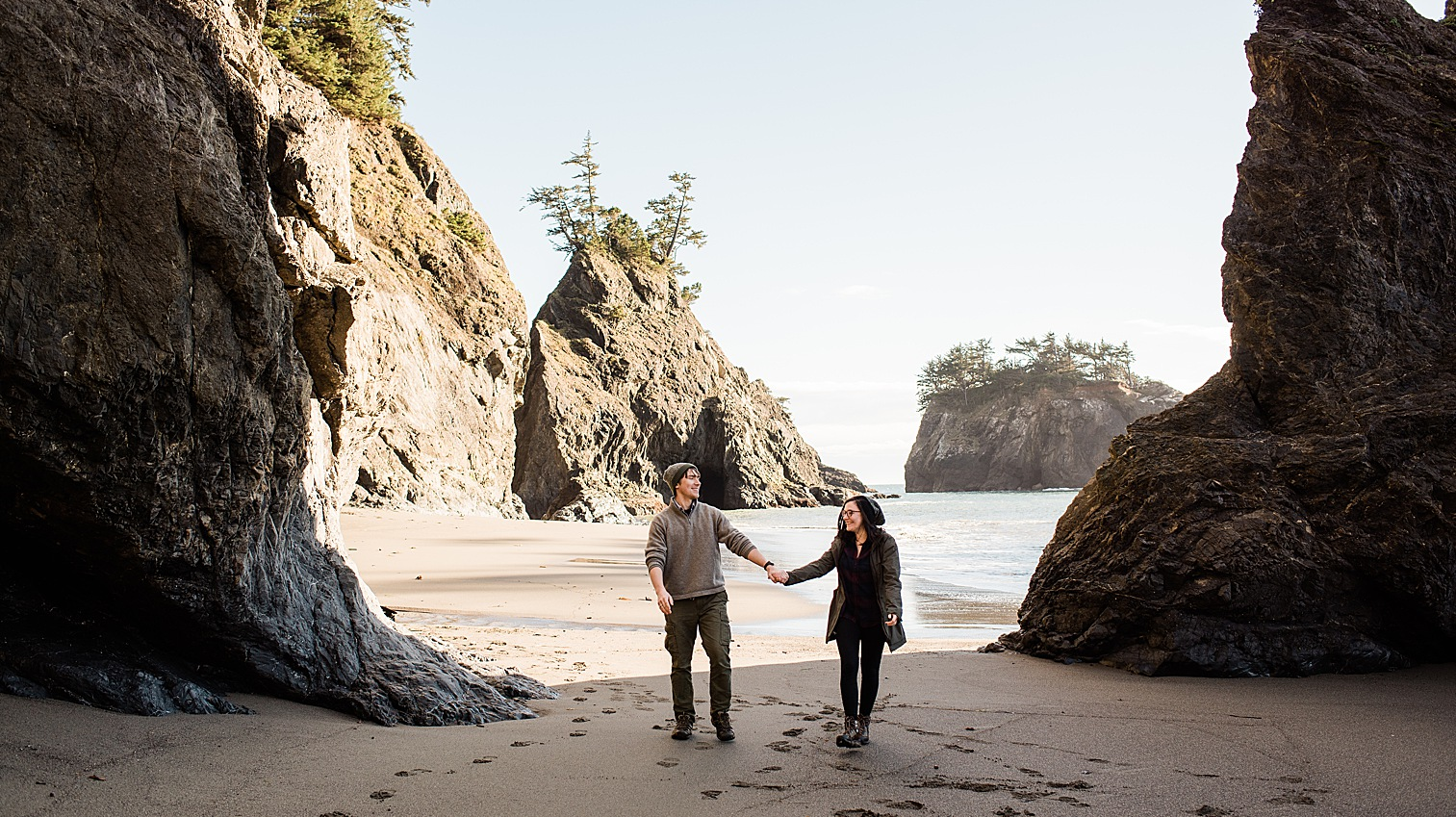 Oregon Coast Elopement Locations & Inspiration - Samuel H Boardman Scenic Corridor. Image by Forthright Photo