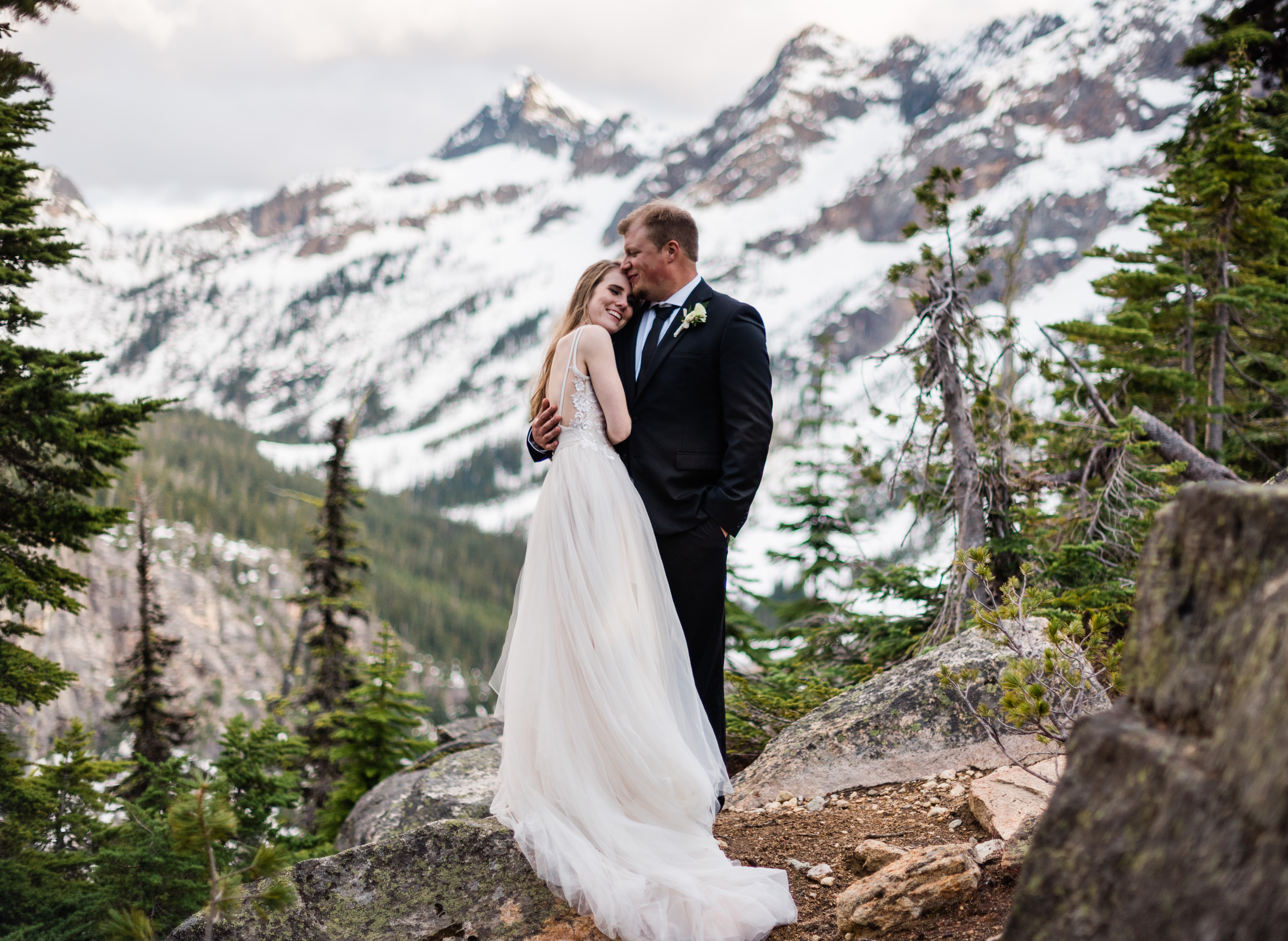 North Cascades elopement at Washington Pass Overlook. Image by Forthright Photo.