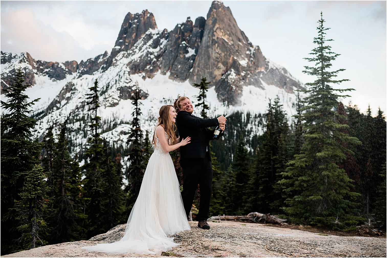 Packing Checklist for Hiking Elopement. Image by Forthright Photo, Seattle Wedding and Elopement Photographers.