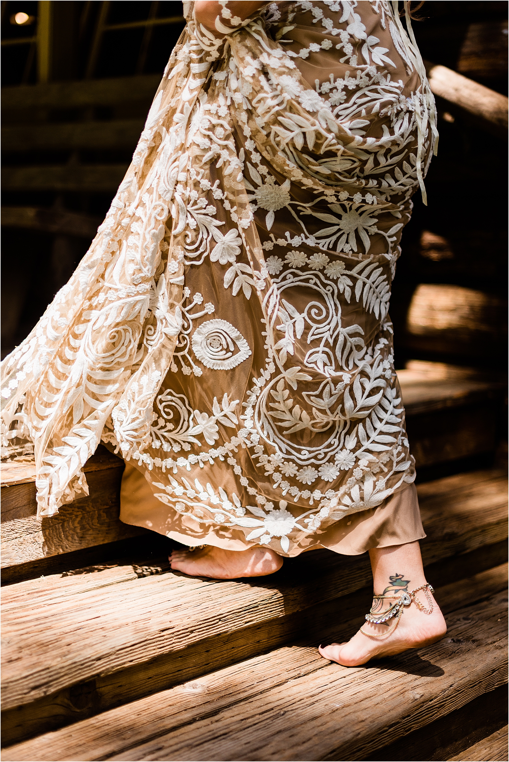 Bridal Ankle jewelry, barefoot bride at Camp Lane Destination Wedding, Oregon. Image by Forthright Photo.