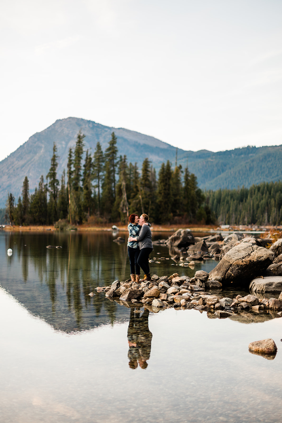 Lake Wenatchee State Park engagement session on a clear, fall afternoon. Image by Forthright Photo.