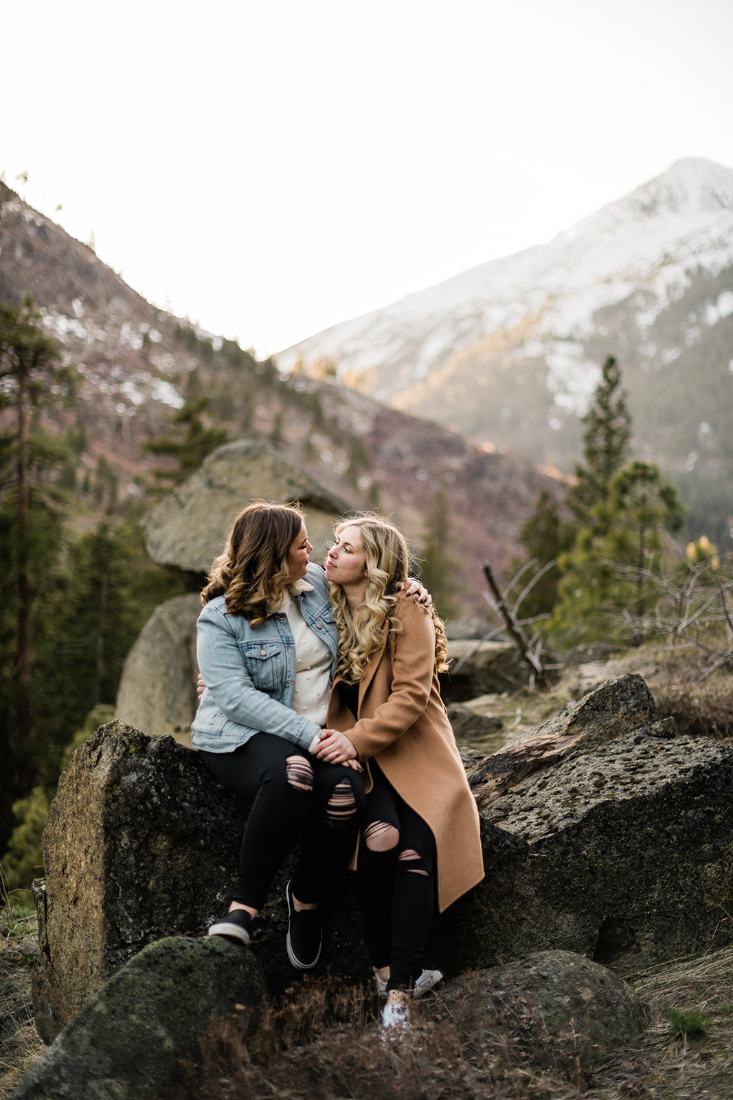 Adventure Mountain Leavenworth Engagement Session - Courtney and Taylor. Forthright Photo - Seattle Wedding & Elopement Adventure Photographers